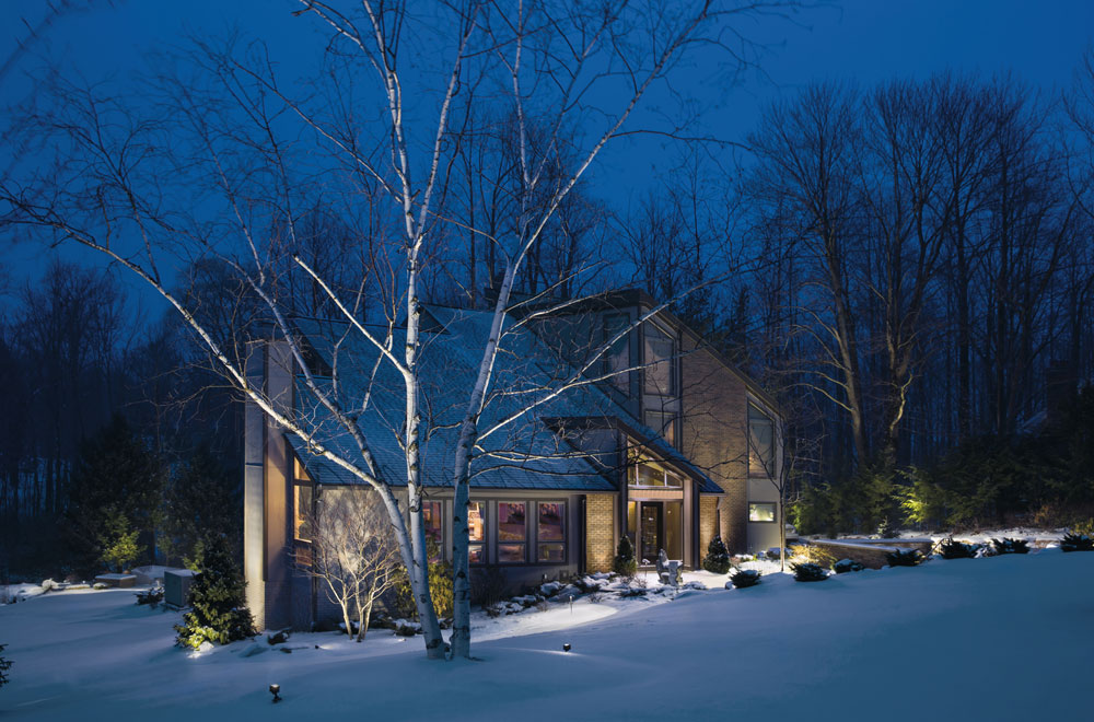 4 simple outdoor lighting tips so you wont be afraid of the dark 4 simple outdoor lighting tips so you wont be afraid of the dark aloadofball Gallery
