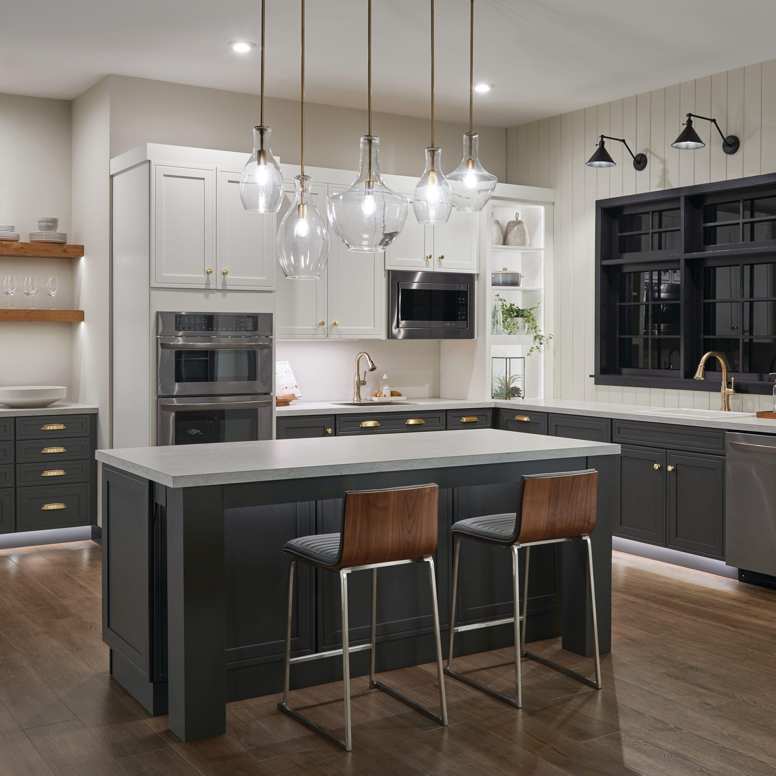 Kitchen-Everly-Ellerbeck-42456NBR-42047NBR-42141NBR-42046NBR-43115BK-Night-Detail-2